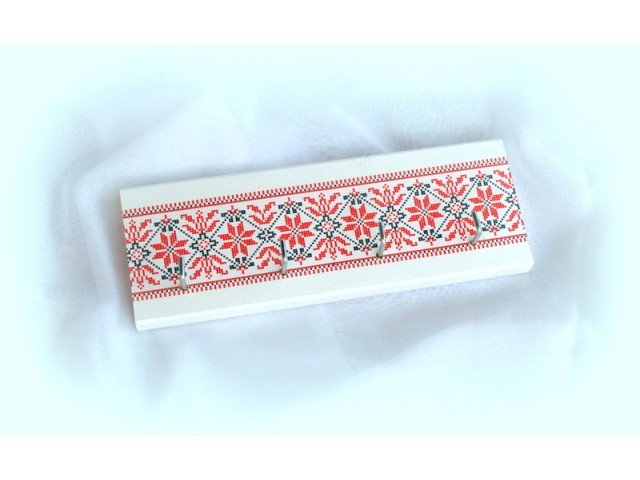 Cuier din lemn handmade pentru chei cu motiv traditional - 25cm - 0953